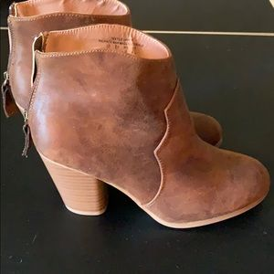 Shoes - Booties size 8